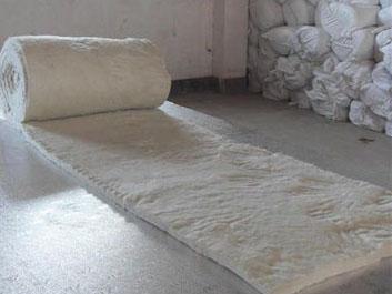 硅酸铝喷吹纤维毯